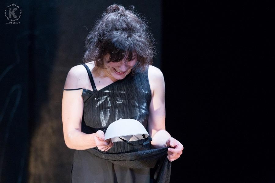 EGYETLEN a színpadon: Máthé Annamária