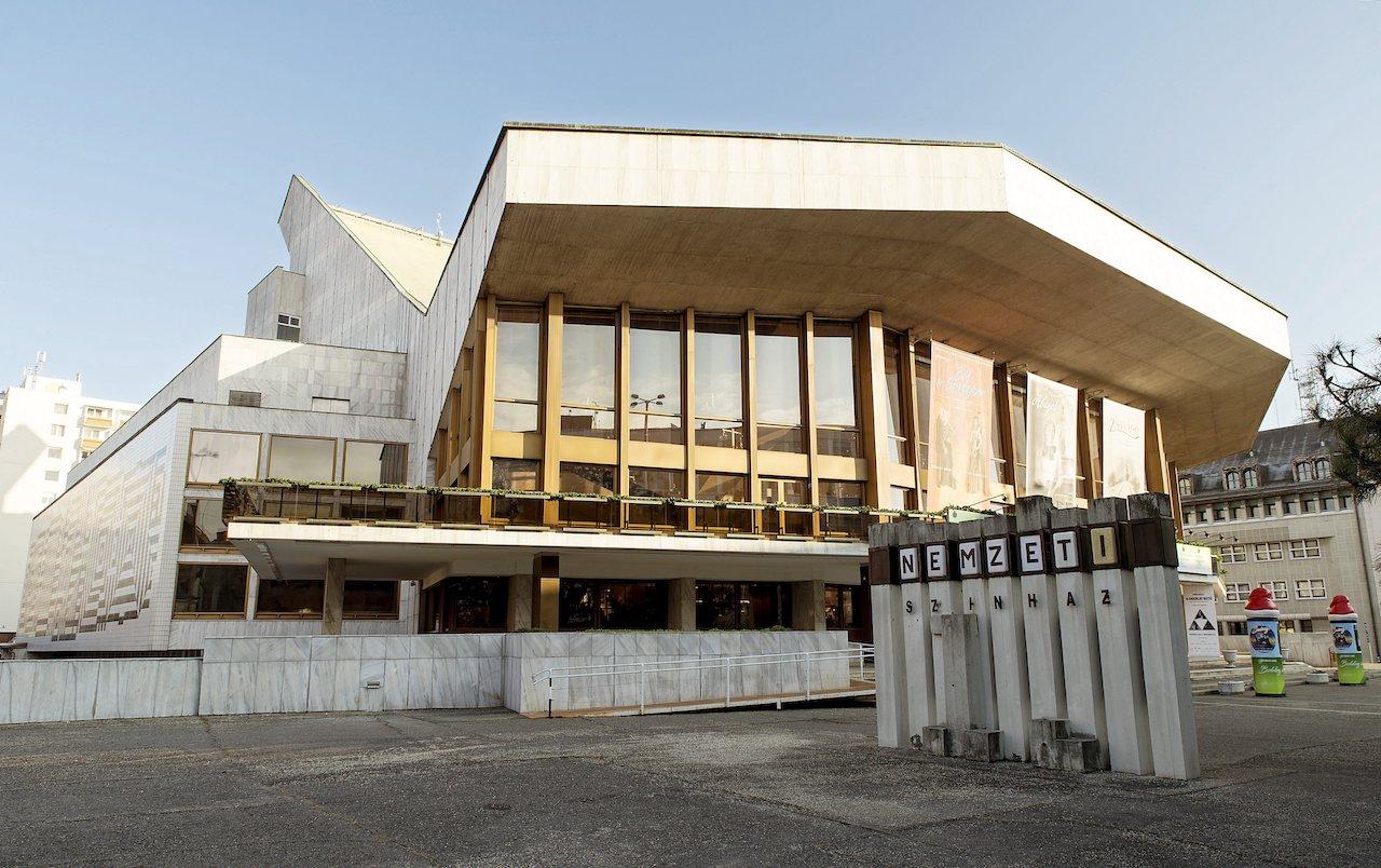 Hat nagyszínházi bemutatót tervez a 2020/2021-es évadra a Győri Nemzeti Színház