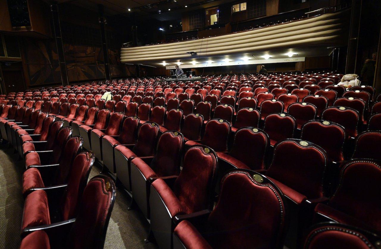 Hét bemutatót tervez a József Attila Színház a jövő évadban
