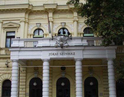 Péntektől ismét várja a nézőket a Békéscsabai Jókai Színház
