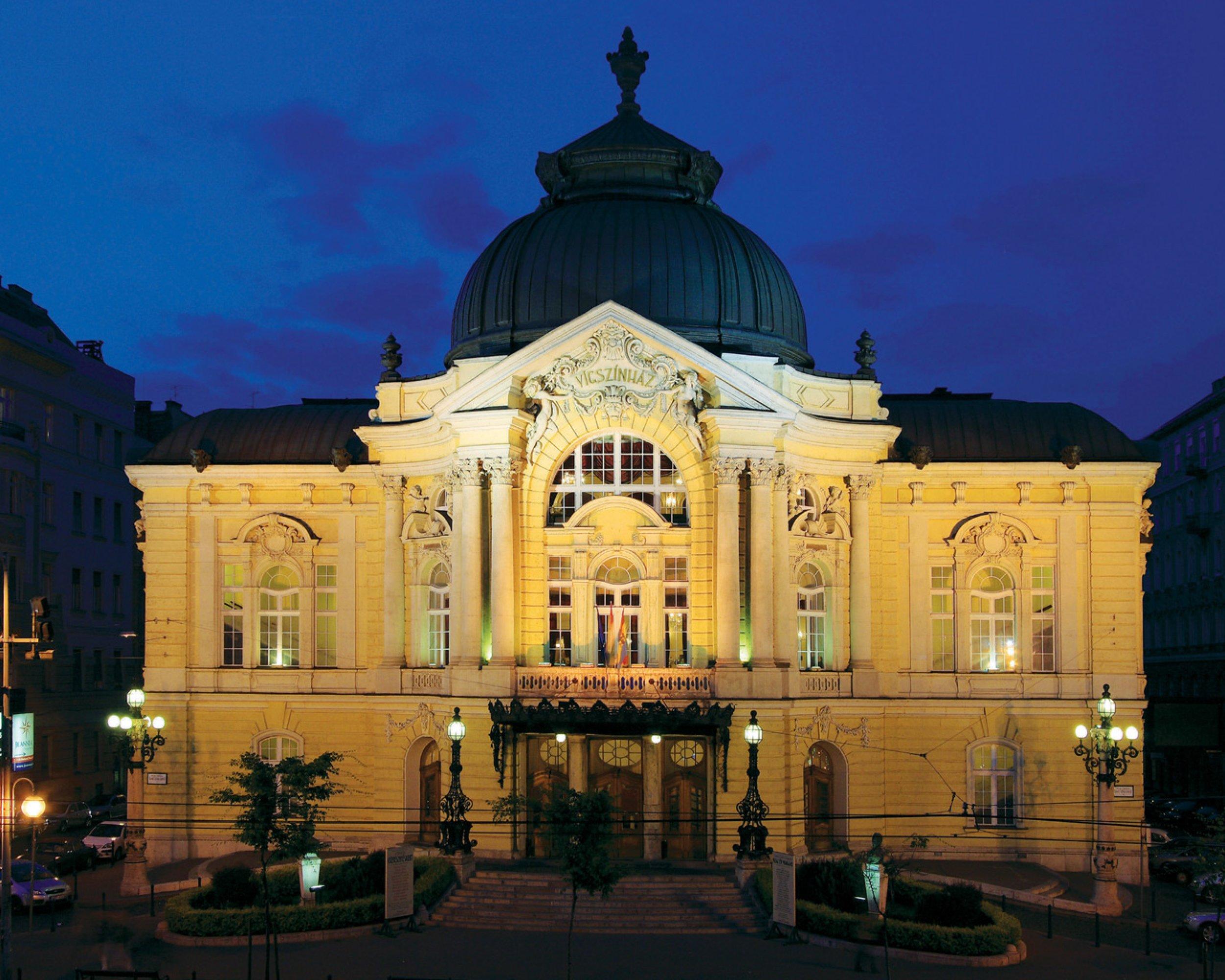 Januárban újabb előadások közvetítését tervezi a Vígszínház