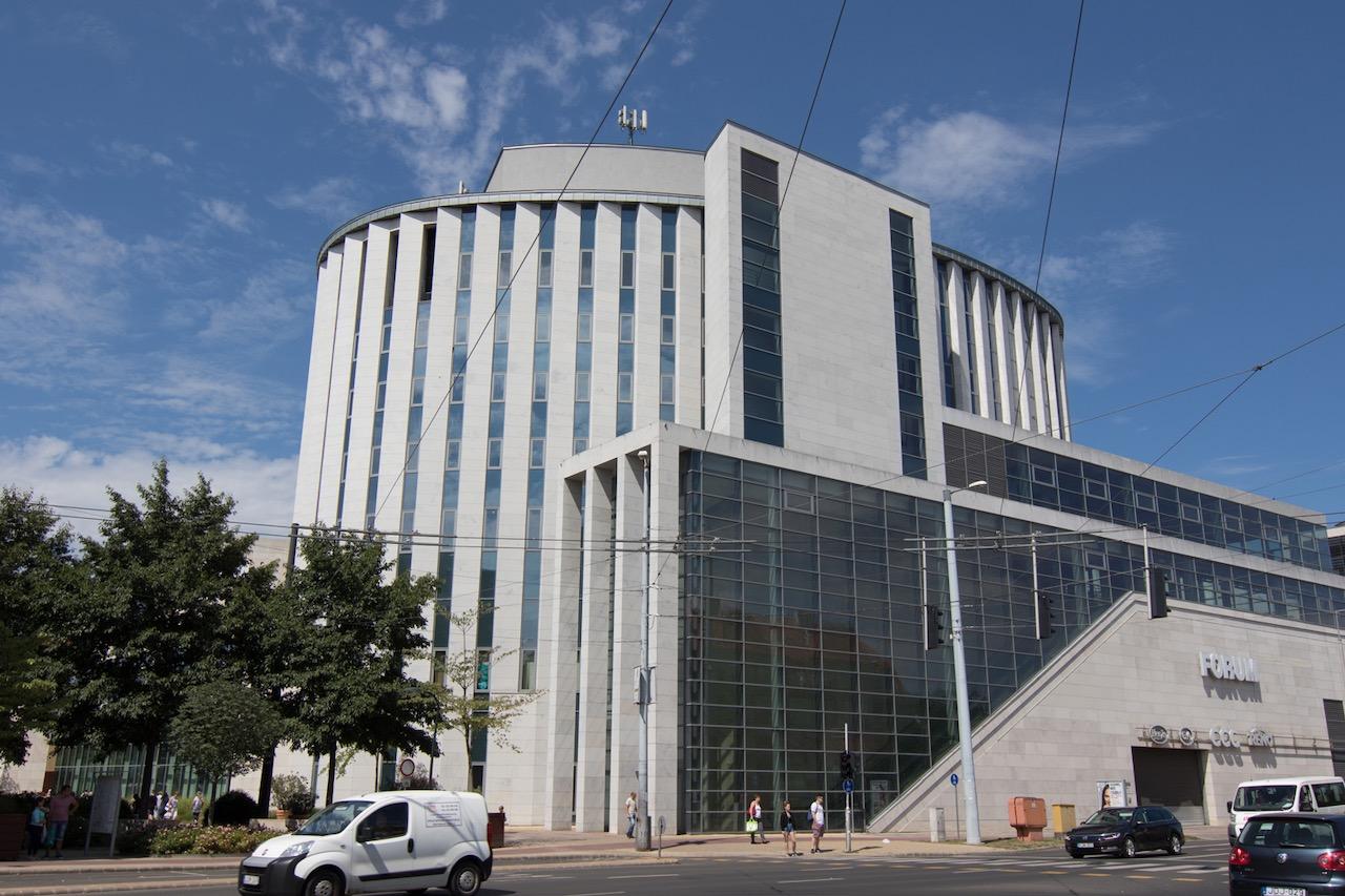 Debreceni polgármester: befejeződhet a Latinovits Színház építése