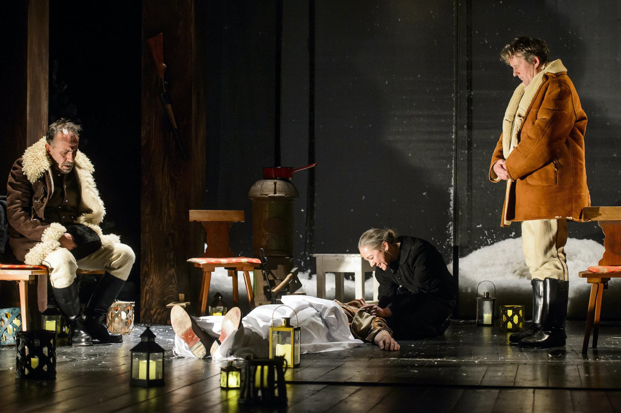 Az Advent a Hargitán című színdarab bemutatója Vácon