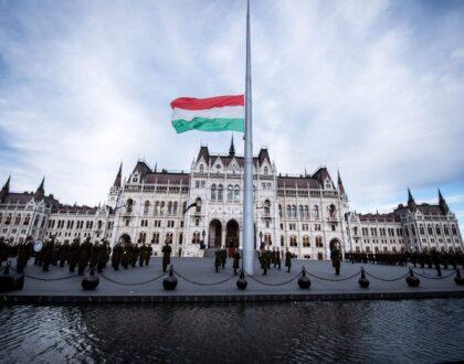 Augusztus 20. – Kásler Miklós és Fekete Péter állami díjakat adott át