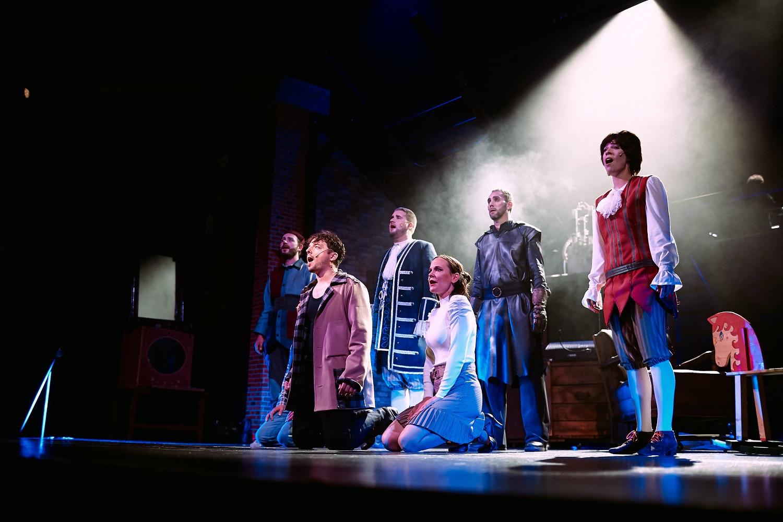 A padlás – Soproni Petőfi Színház