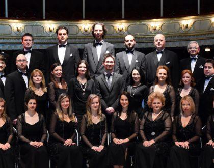 Rossini Kis ünnepi miséjével invitálja közös imádságra a közönséget a Csokonai Színház Énekkara