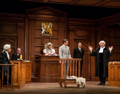 A Fővárosi Törvényszéken játssza A vád tanúját a Játékszín